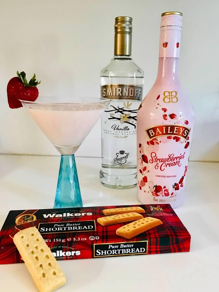 strawberryshortcakecocktail3
